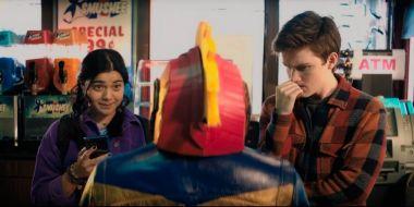 Ms. Marvel - oto pierwsze fragmenty serialu. Młoda bohaterka pojawi się w Kapitan Marvel 2