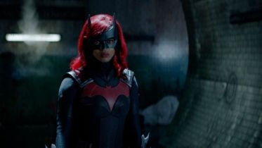Batwoman - nowe zdjęcia z premierowego odcinka 2. sezonu