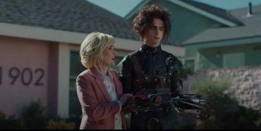 Timothée Chalamet jako syn Edwarda Nożycorękiego. Fantastyczna reklama z Super Bowl