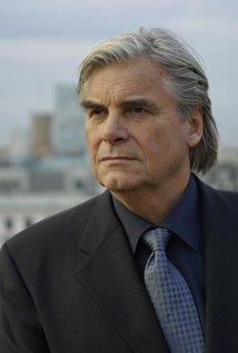 Peter Simonischek